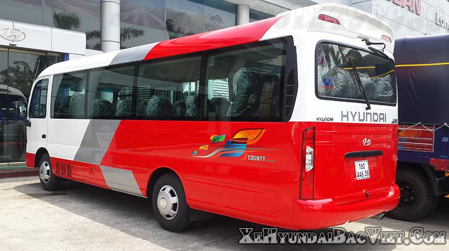 xe-khach-29-cho-county-than-dai-xehyundaibacviet-com