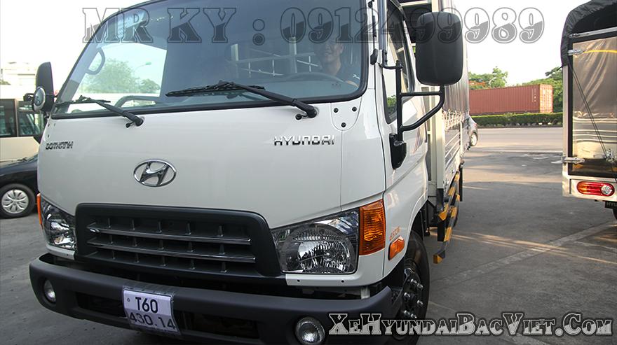 xe-tai-7-tan-hyundai-hd99-thung-mui-bat-xehyundaibacviet-com1