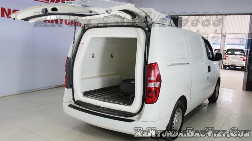 Thùng hàng Xe Tải Van Đông Lạnh Hyundai Starex