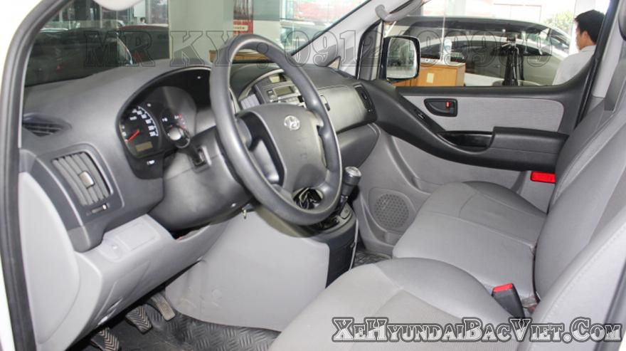 Nội Thất  Xe Tải Van Đông Lạnh Hyundai Starex
