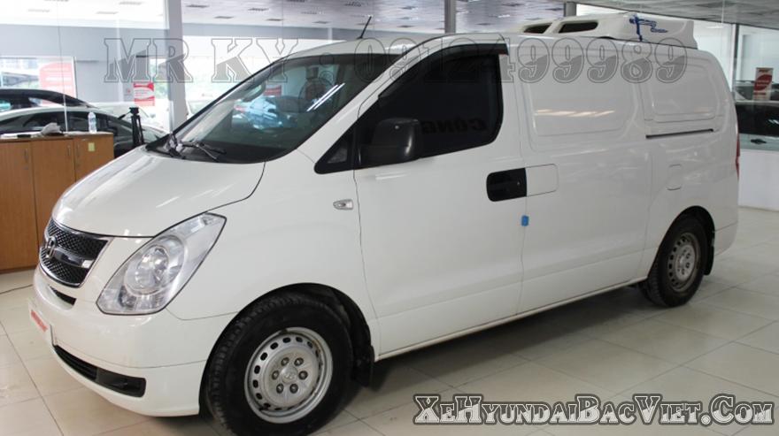 Ngoại Thất Xe Tải Van Đông Lạnh Hyundai Starex