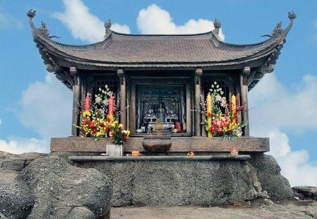 chùa-đồng-yên-tử-[xehyundaibacviet.com].jpg